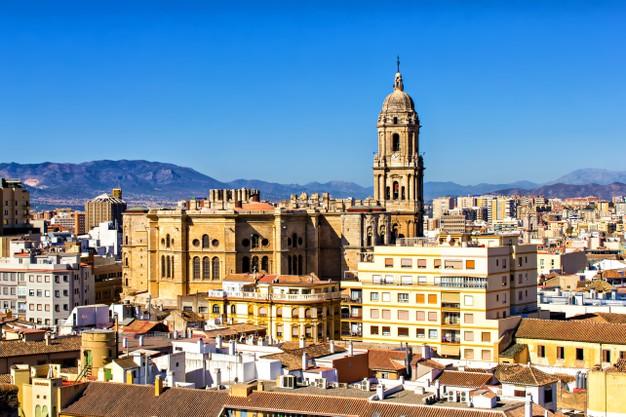 vista-aerea-malaga-andalucia-espana_439918-787